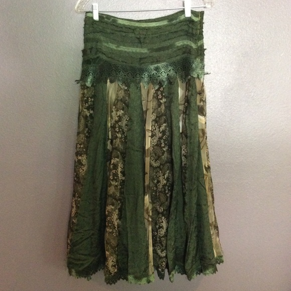 Garter Belts Careful Lularoe L Maxi Skirt Solid Light Green